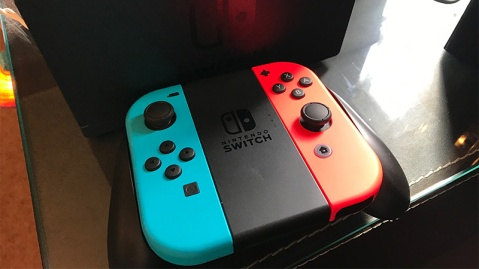 Nintendo Switch 02